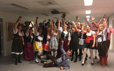 Danseundervisning i tyrolerdans til oktoberfest